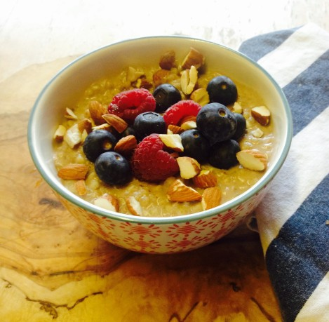 Buckwheat porridge with coconut and mixed spices